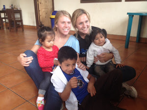 Los niños con Jonna y Courtney