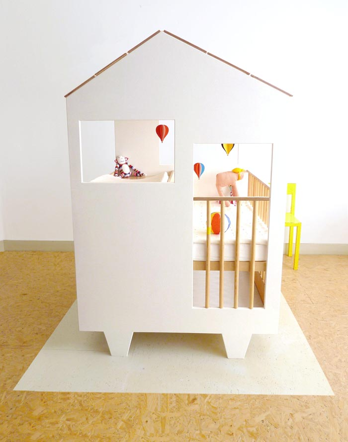 baby bed in house shape design by Dave Keune