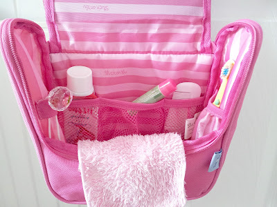 toiletry bag, children bag, children toiletry bag