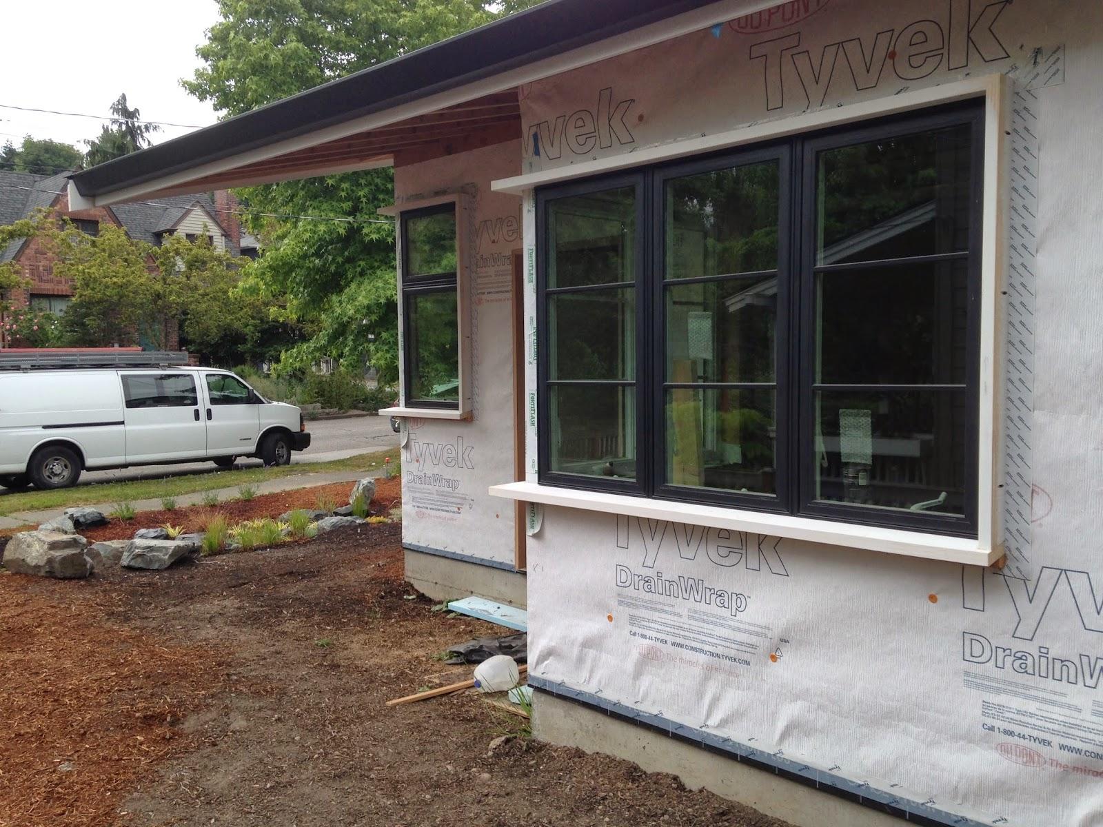 details of home: exterior window trim