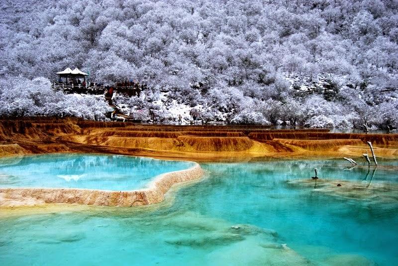 Huanglong Valley   Yellow Dragon