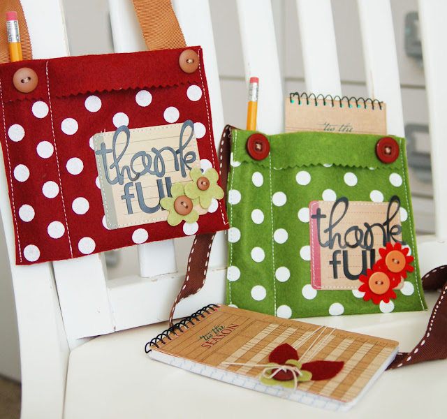 Thankgiving craft: Thankful Notebook and Purse by www.jengallacher.com.