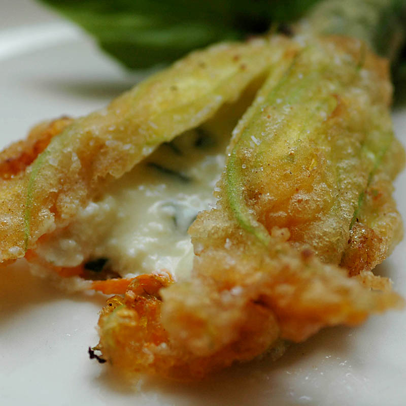 and very informative tutorial for making deep-fried zucchini blossoms ...