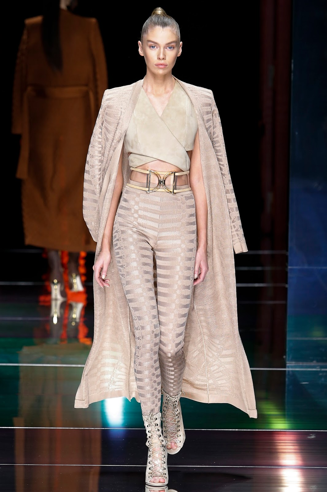 Paris Fashion Week, Spring 2016, Ready to Wear, pfw, rtw, runway fashion, balmain, suede