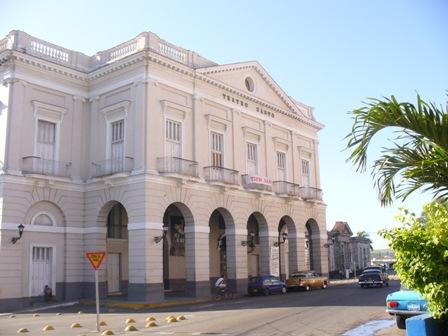 Teatro Sauto, en reparación