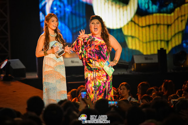 Patricia K and Joanne Kam @ 8TV Shout! Awards 2012
