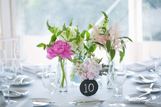 mini bud vases, summer flowers : les fleurs : fruitlands museum : samatha melanson photography