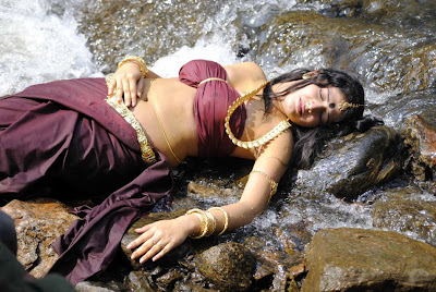 Haripriya Hot Navel Show Latest Photos