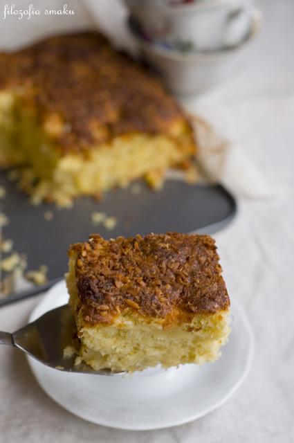 Ciasto z kokosem i ananasem przepis