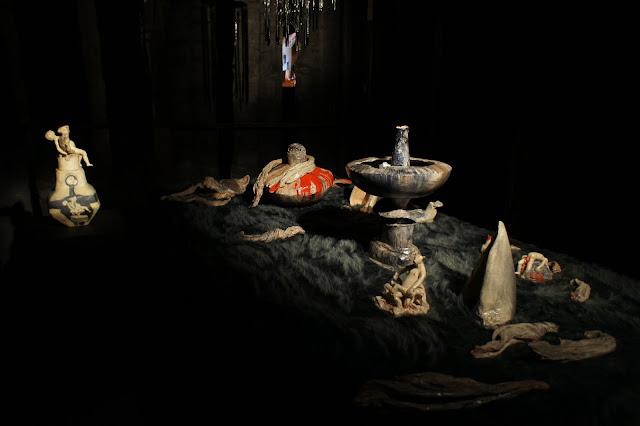 """""""Faim de Loup"""" at La Conciergerie (""""Bêtes Off"""" show 2011-2012)  glazed ceramic, fake fur"""