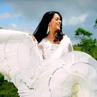 elegant bhavana in white salwaar kameez