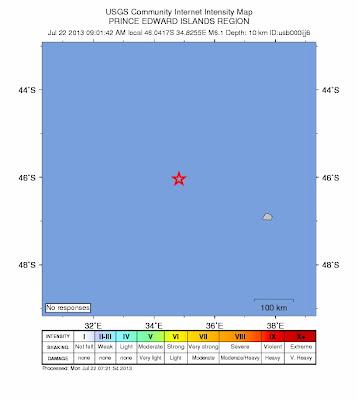 Fuerte sismo de 6,1 grados se produjo a 244 kilometros (152 millas) NW de la Isla Marion, en las remotas Islas Príncipe Eduardo el 22 de julio de 2013