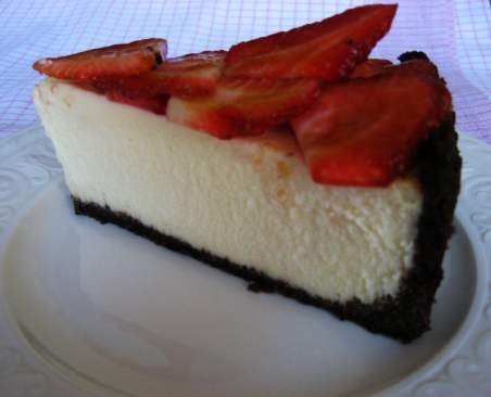 Desserts,Taste Good!: Chocolate Strawberry Cheesecake
