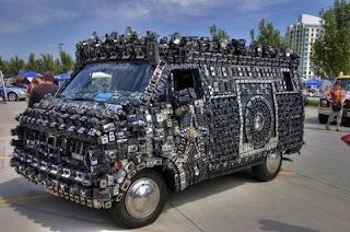 modifikasi mobil aneh 2012