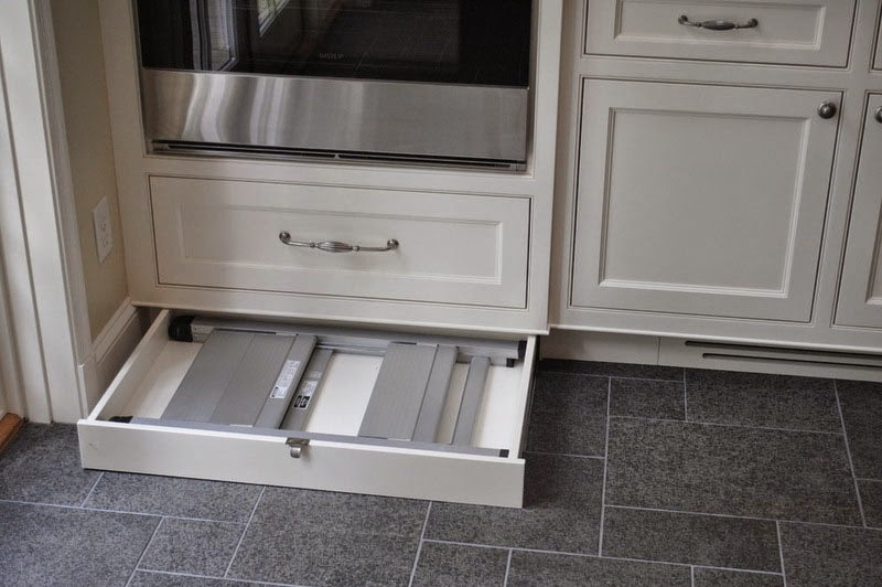 Simplifying Remodeling The Kitchen Storage Space That