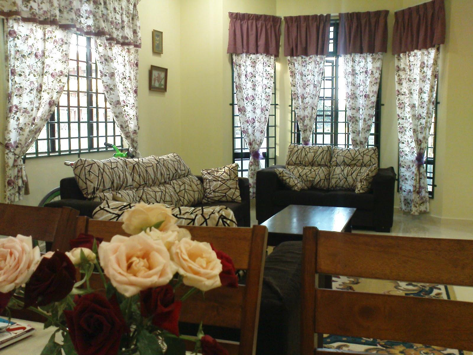 Hiasan Ruang Tamu Rumah Kos Rendah
