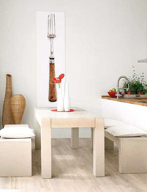11 very small dining areas that many people have for Small dining room area