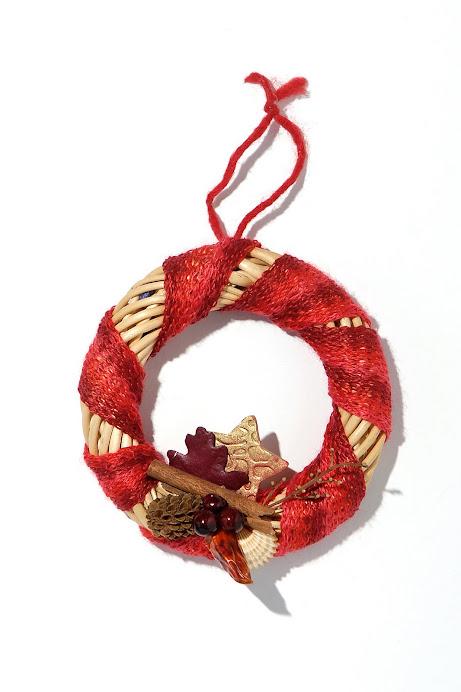 Ghirlandina con decoro per Natale