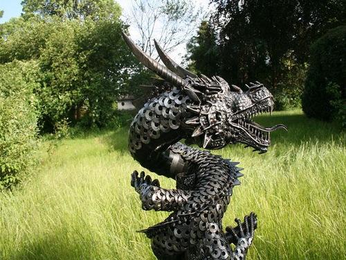 2b-Large-Fantasy-Sculpture-Dragon-2-Giganten-Aus-Stahl