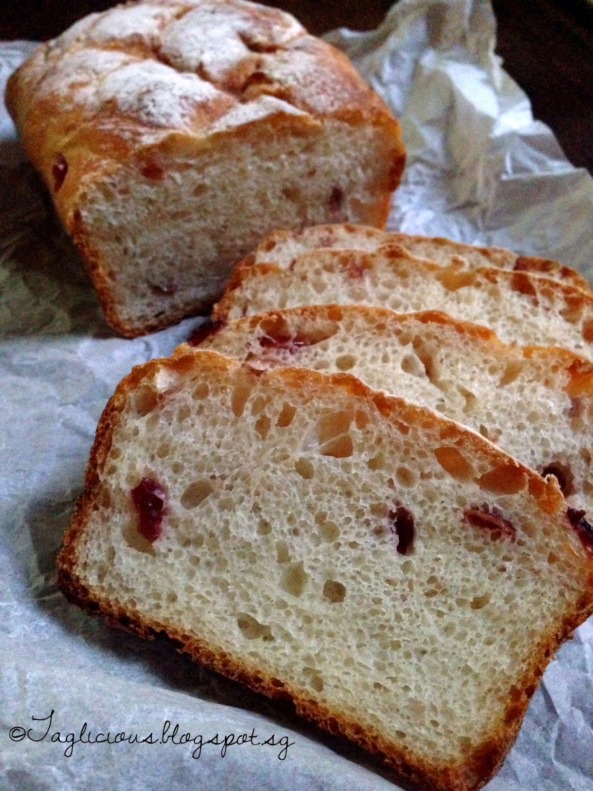TAGlicious: A nice loaf of Cranberry bread