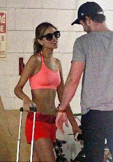 Liam Hemsworth First Kiss In Beverly Hills With New Girlfriend, Eiza González