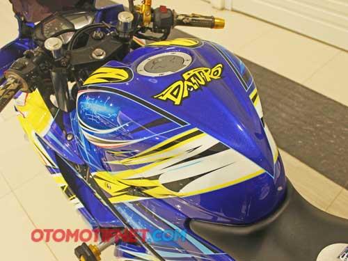 Foto Modifikasi Yamaha YZF-R25 Daijiro Kato