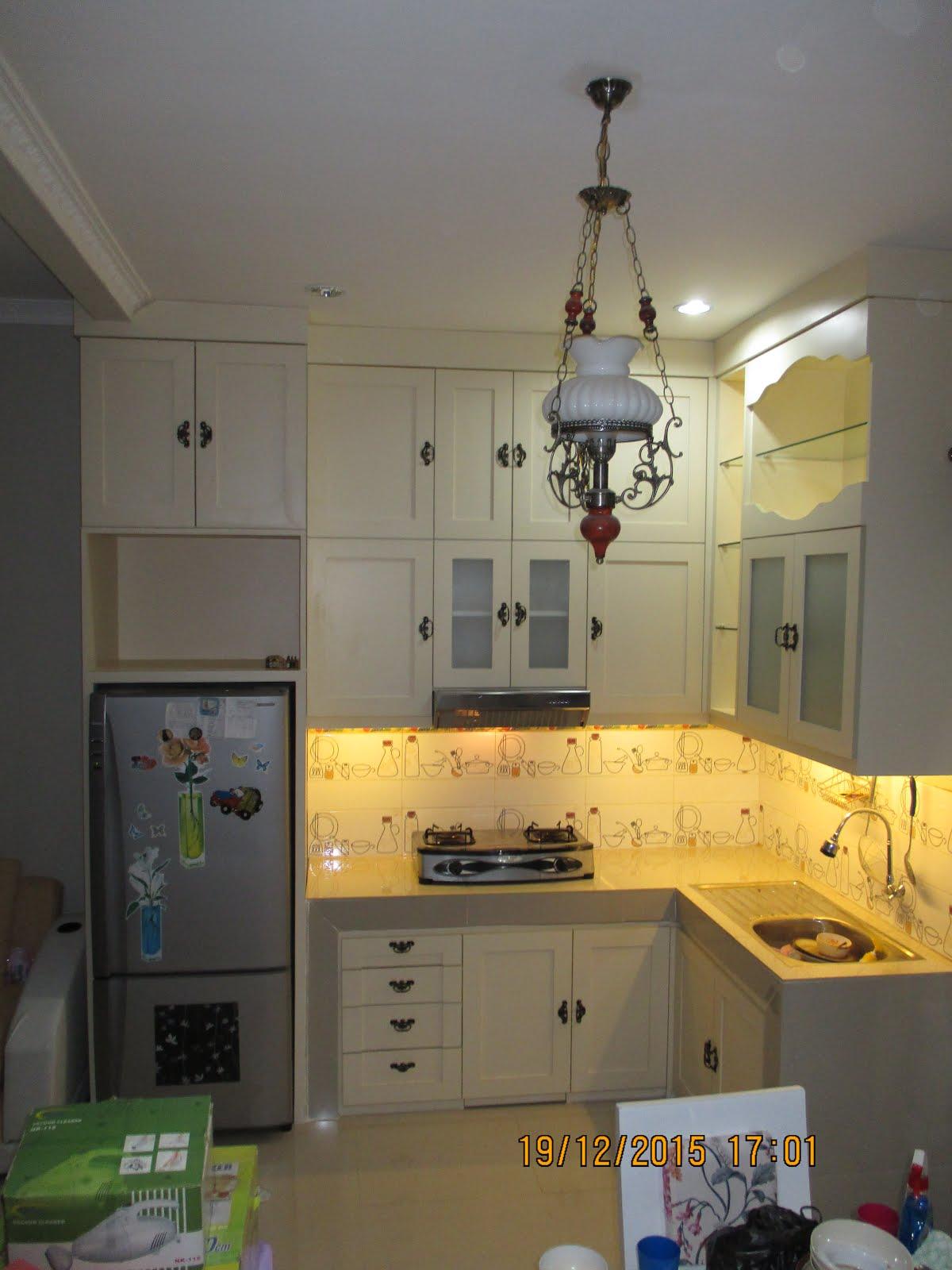 Kitchen set minimalis mas Iryan Dahuri at Depok