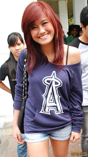 agnes monica