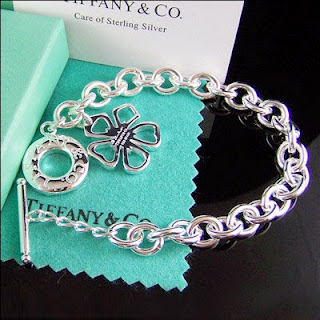 39e0b11b2bd5 Tiffany  Co. the jewelry store was established in1853 by Charles Lewis  Tiffany in New York. The Fifth Avenue store
