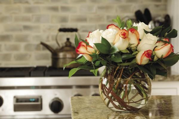 Cắm hoa trang trí phòng khách 22