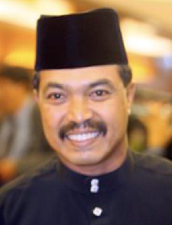 http://4.bp.blogspot.com/--Etok9gxkvY/TvFp8ziVcwI/AAAAAAAAAUs/3Wil_hBg8S0/s1600/Datuk-Jamil-Khir-Baharom.jpg