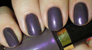 Revlon Naughty nail polish swatches and review