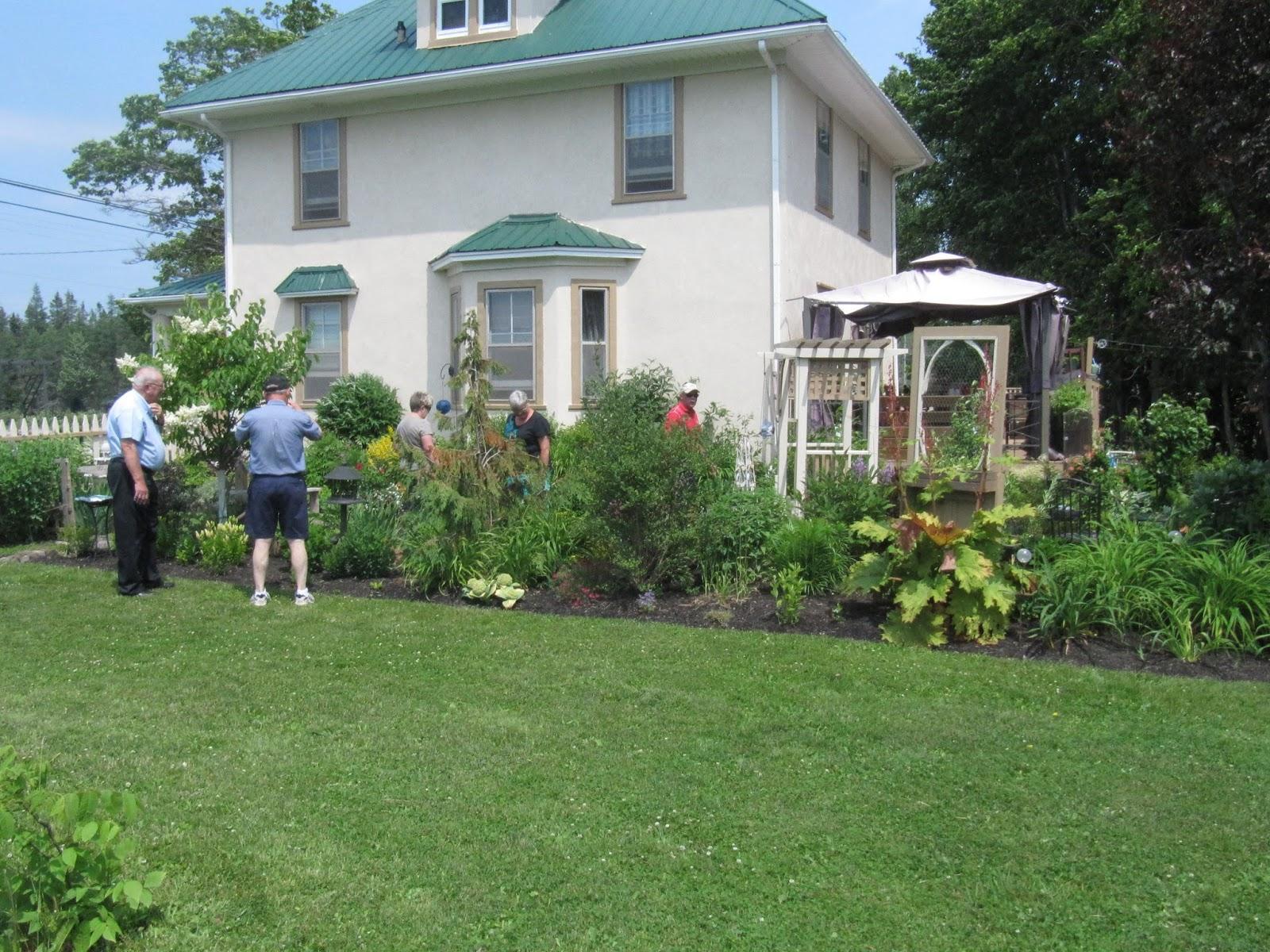 Garden Club of PEI: Garden tours 2015