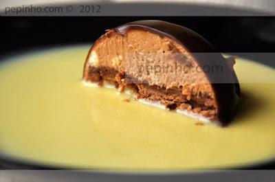Pastel de chocolate y nougat
