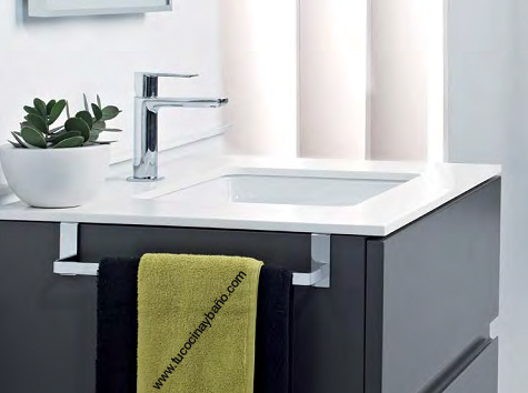 toallero mueble baño pegado adhesivo