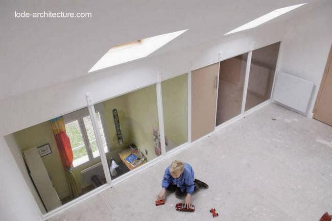 Ático y sala de juegos infantiles en una casa de Francia