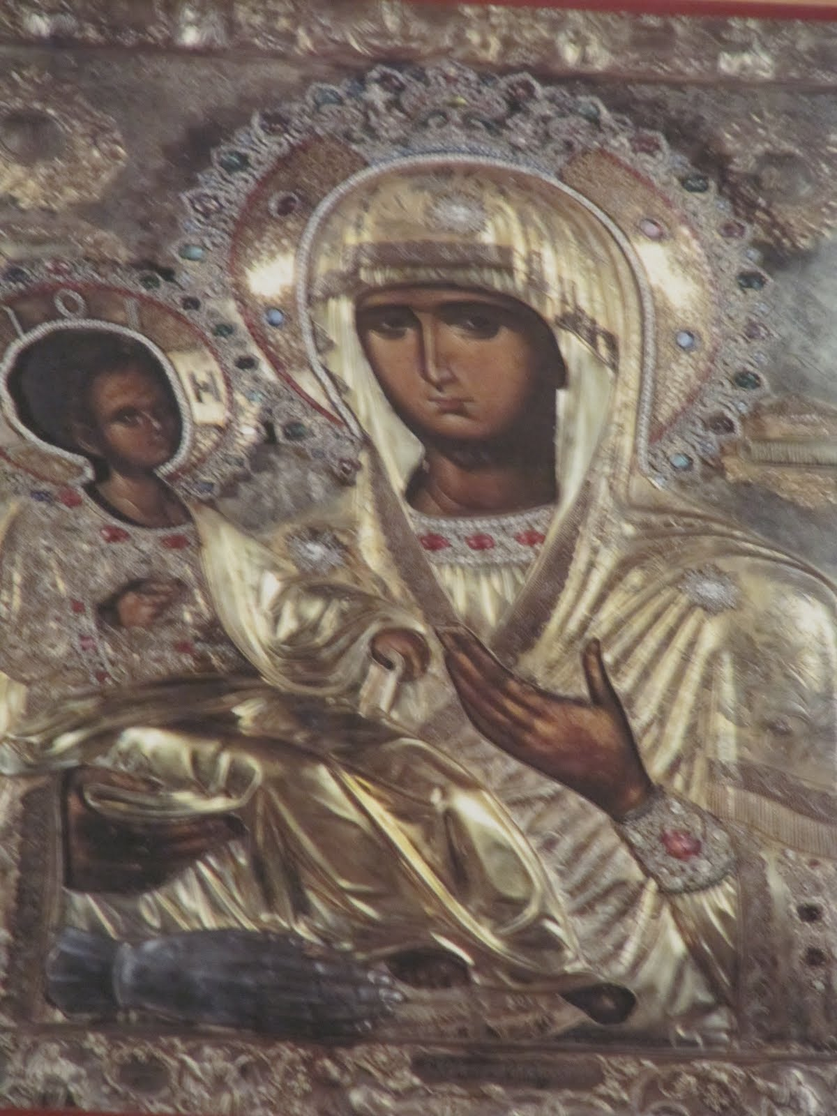 Icon Three-handed: from where the Virgin has the image of a third hand