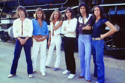JULY 2014 FEATURED ARTIST OF THE MONTH - FOREIGNER
