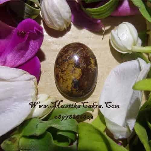 www.mustika cakra.com, mistik spiritual, gubuk mistik, sanggar spiritual. dunia pusakaMustika Bertuah, Batu Bertuah, Benda Pusaka, Mustika Asli, Mustika Sastro Jendro