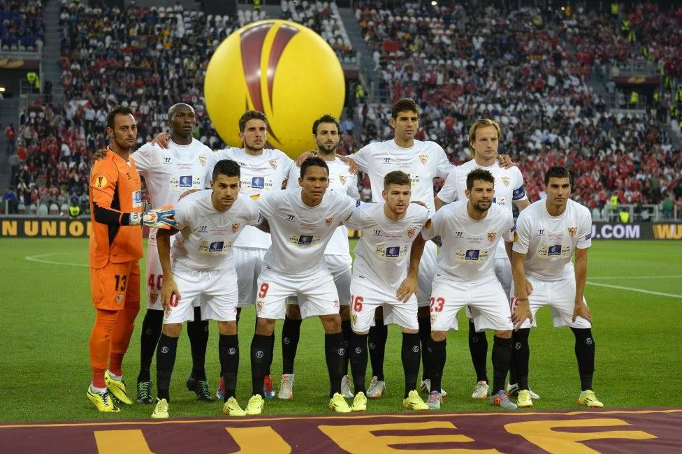 SEVILLA FC TEAM PHOTO UEFA EUROPA LEAGUE FINAL 2014