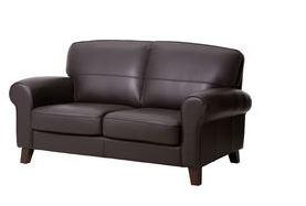 Arredo a modo mio spazi piccoli e divani in pelle le soluzioni ikea - Copri bracciolo divano ikea ...