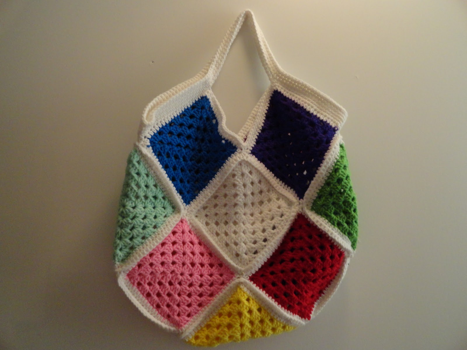 Crochet Bag Granny Square : Crochet Crazy Mama: Large Crochet Granny Square Scrap Bag