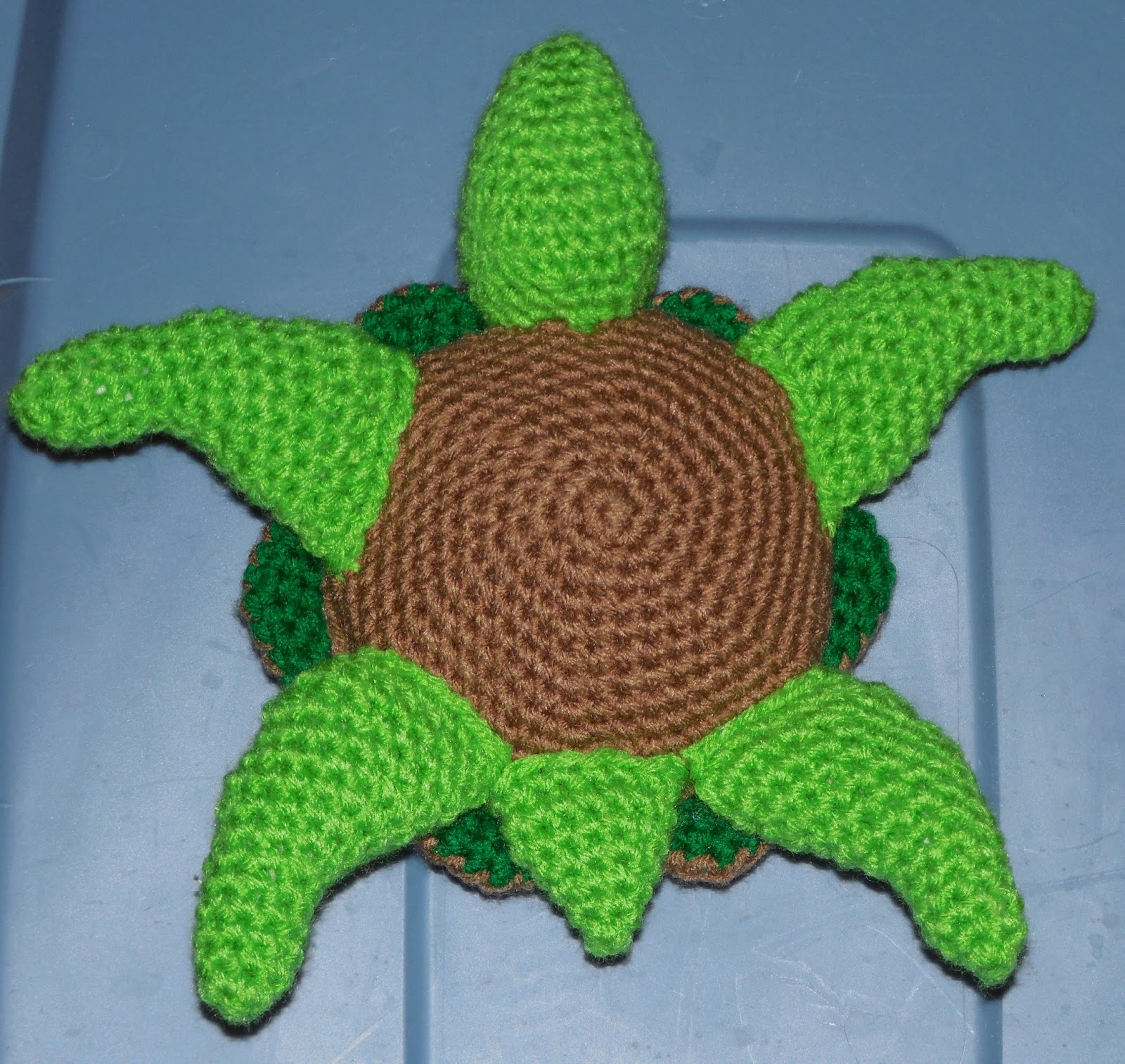 crochetamommy crafts quilling blanket and a turtle then