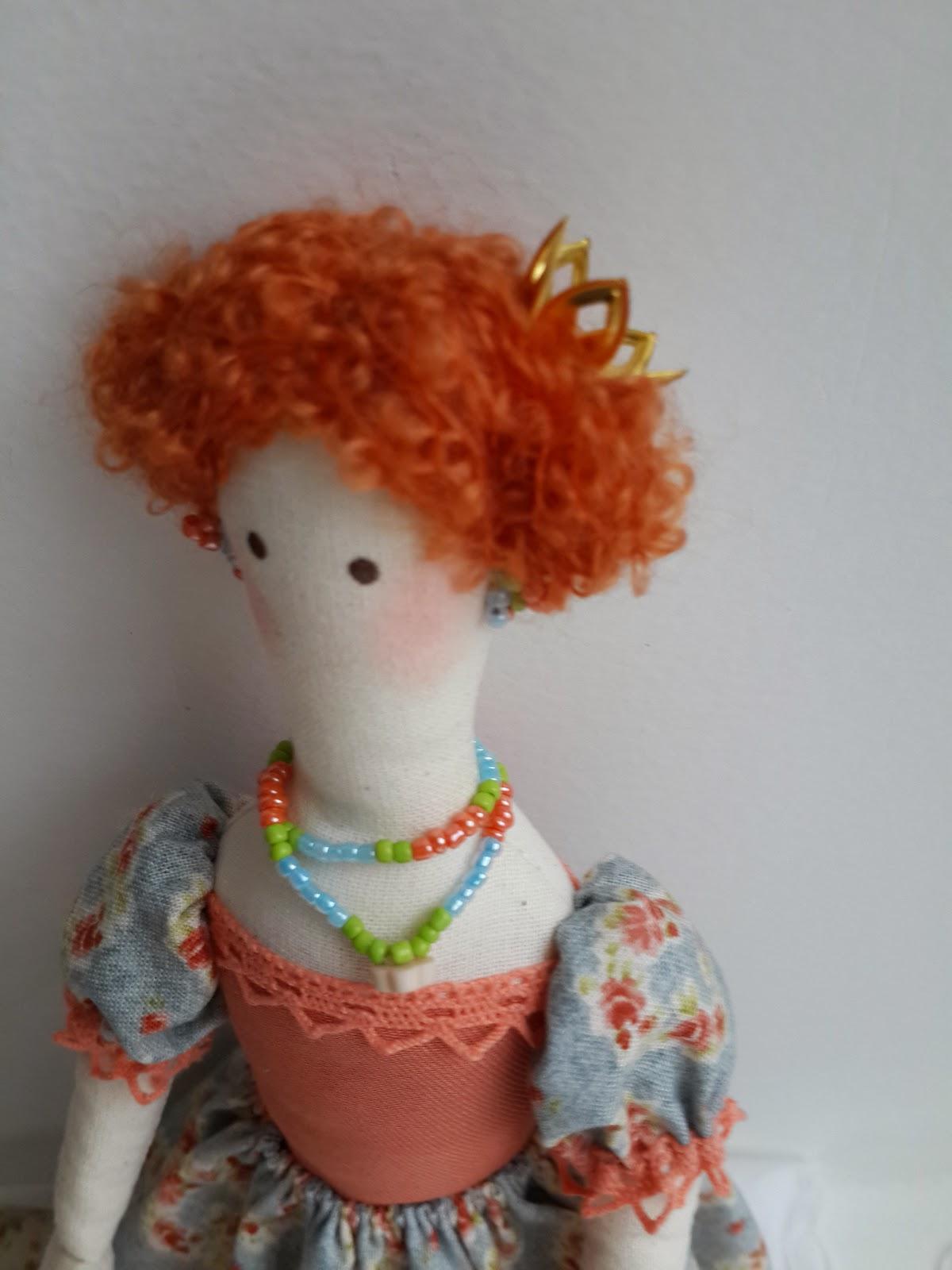 тильда принцесса с игольницей на матрасах