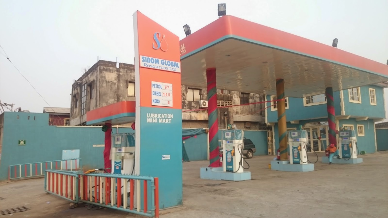 Filling/Petrol station at Iyana Ipaja area of Lagos