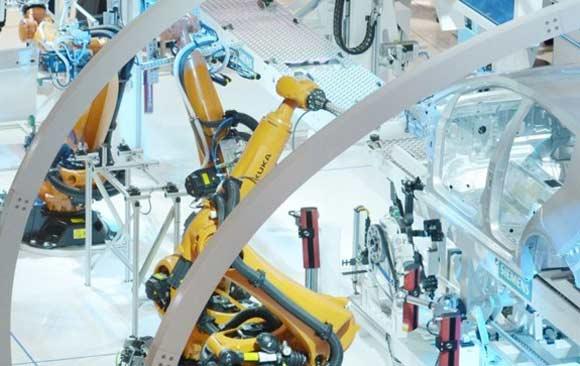 sustituyen-600-trabajadores-por-robot-fabrica-china