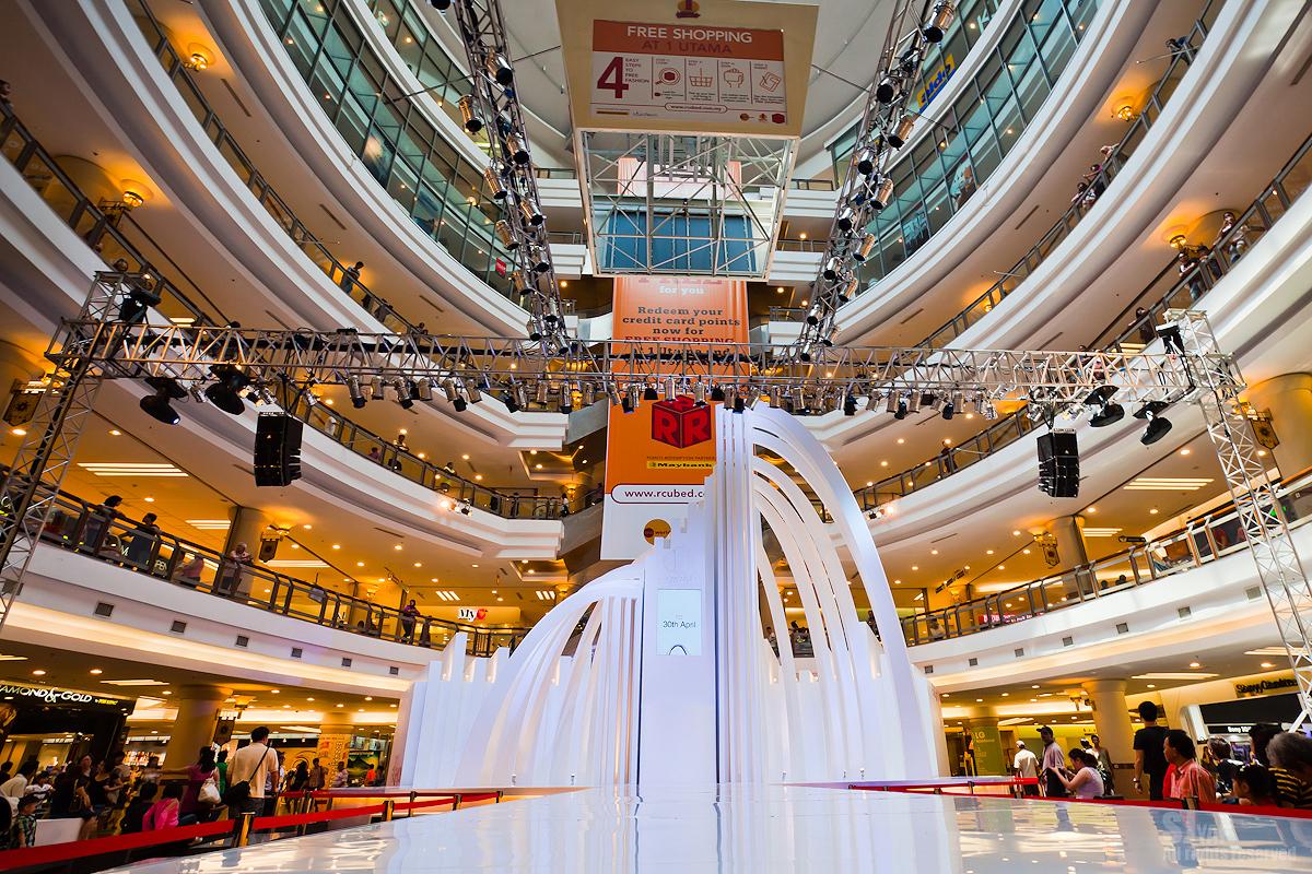 Sense One U Fashion Show 2011 Stage Design