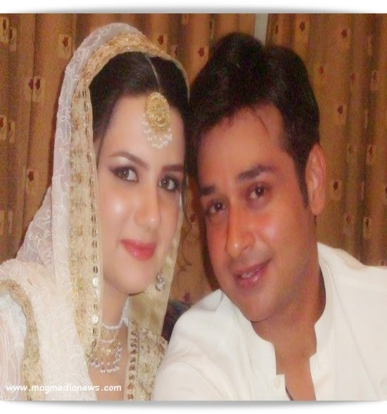 Model Who Is Well Known In All Over The World Here We Are Going To Share With You Faisal Qureshi Unseen Family Casual Pictures Hope Will Like It