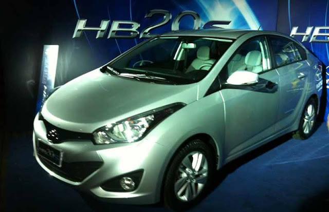 novo Hyundai HB20 S Sedã - prata