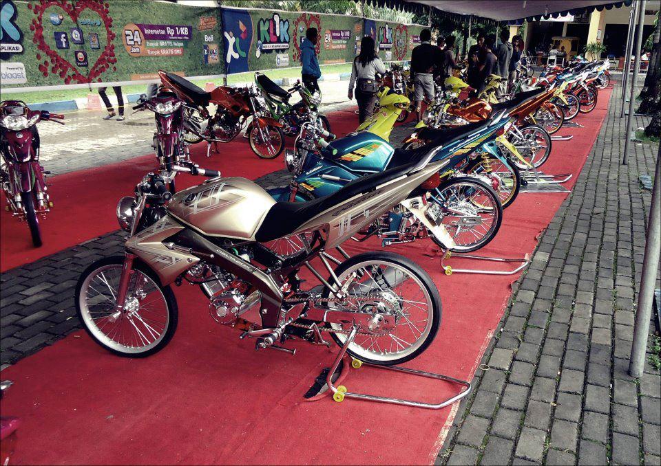 Foto Yamaha Vixion Lama